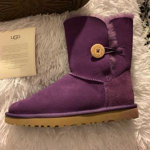 Uggs - Purple - Size 8